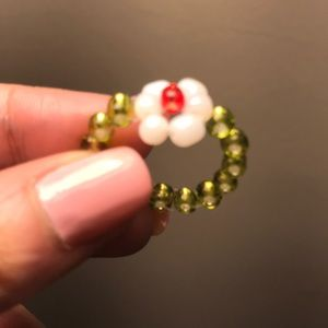 Beaded ring - Size Small (6)